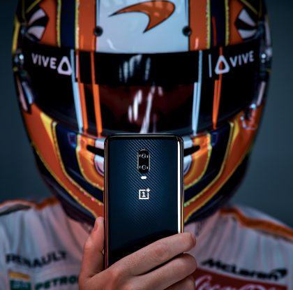 OnePlus ja McLaren julkistivat uuden OnePlus 6T McLaren -älypuhelimen