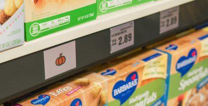 Hyllyn reunaan ilmestyvä kuvake viestii asiakkaille ostoslistalta löytyvän tuotteen paikasta hyllyssä.