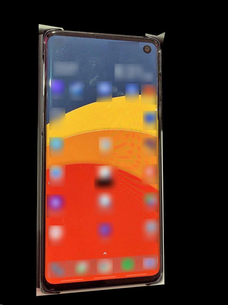 Samsung Galaxy S10 / Beyond 1. Evan Blassin Twitterissä vuotama kuva.