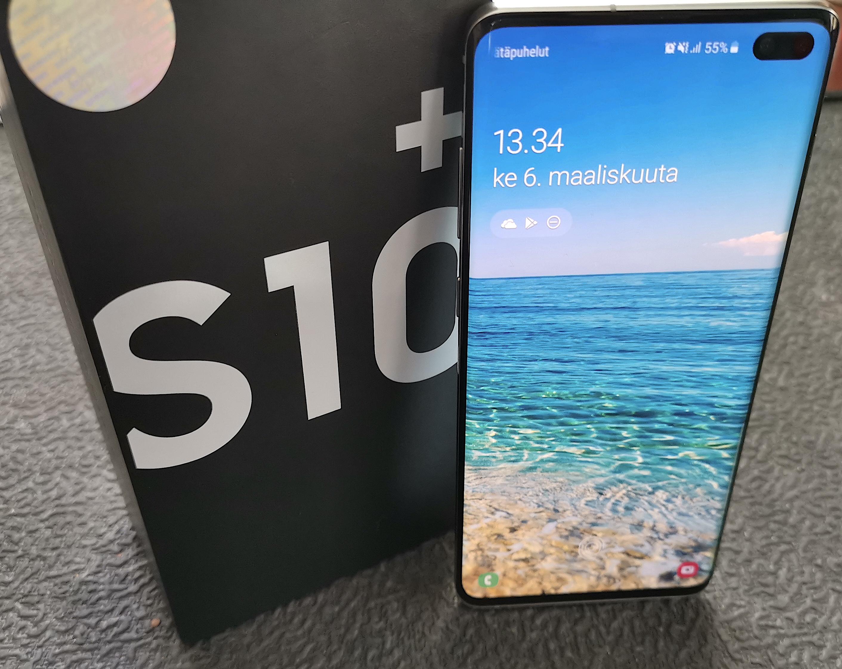 Galaxy S10+ on Samsungin puhelinmalliston kärkimalli.