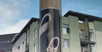 Apple mainostaa jo Powerbeats Pro -kuulokkeita. Kuva: 9to5Mac.