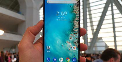 Tässä nähtävä ZenFone 6 on saamassa jälleen kilpailukykyisesti hinnoitellun seuraajan ZenFone 7:stä.
