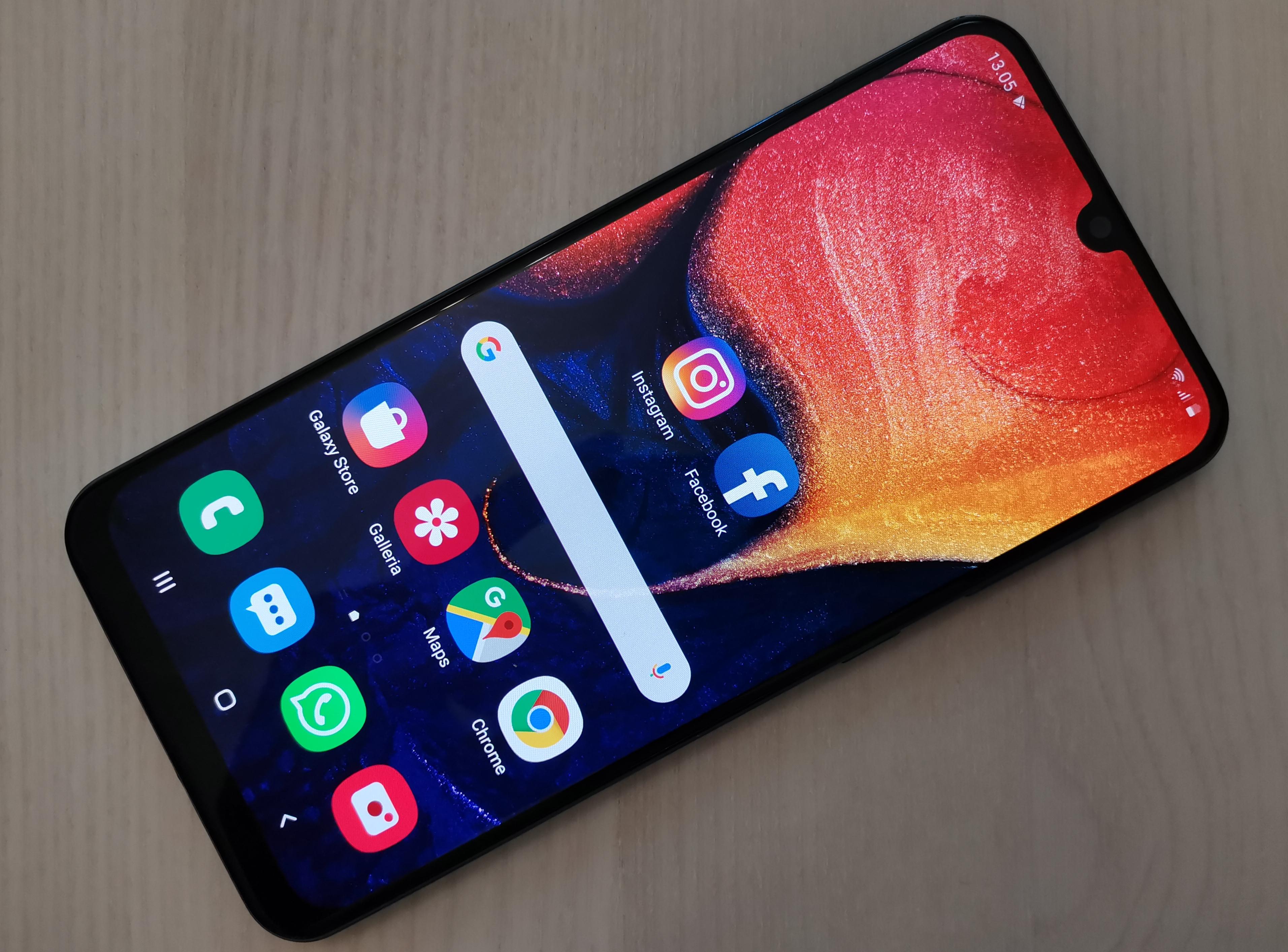 Näyttö on Galaxy A50:n valttikortti.
