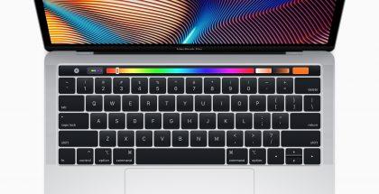 Myös edullisemmissa 13 tuuman MacBook Pro -malleissa on nyt Touch Bar -kosketusnäyttörivi ja Touch ID.