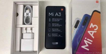 Live-kuva Xiaomi Mi A3:sta ja sen paketista vahvisti teknisiä tietoja. Kuva: GSMArena.