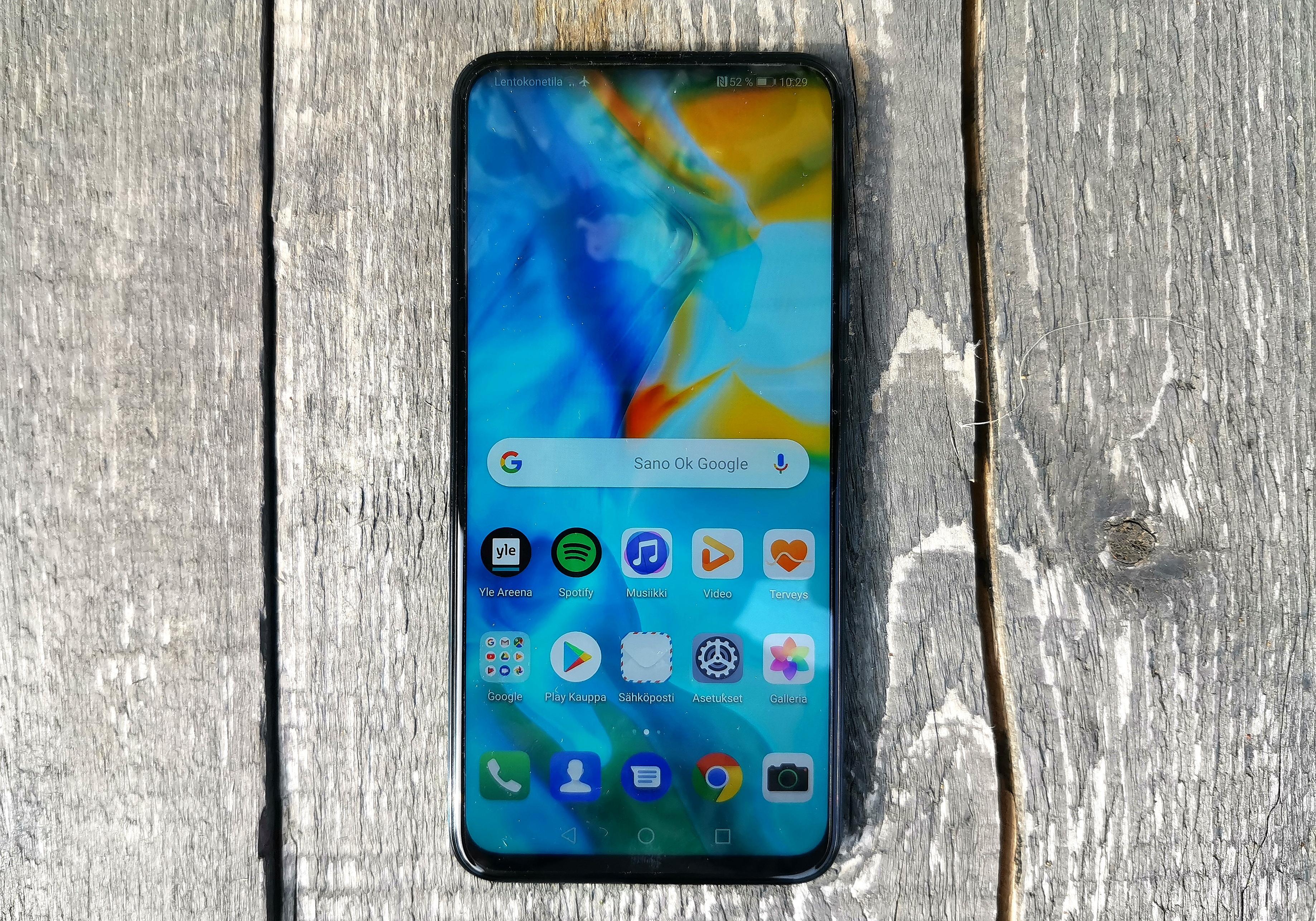 Huawei P Smart Z:n näyttö ajaa asiansa.