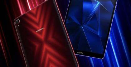 Huawei MediaPad M6 Turbo Edition eroaa räväkällä ulkoasullaan monista muista tablettilaitteista.