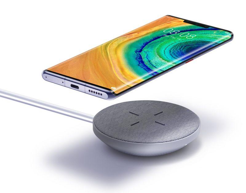 Huawei Mate 30 Pro ja Mate 30 tukevat 27 watin langatonta latausta.