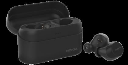 Nokia Power Earbuds -kuulokkeet ja latauskotelo Charcoal Black -värissä.