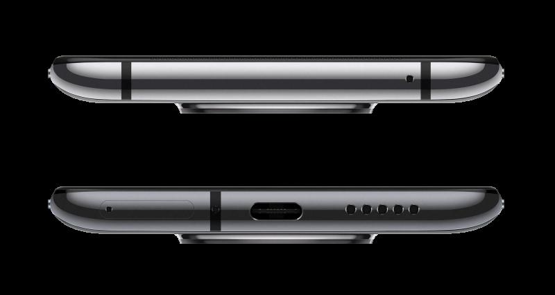 OnePlus 7T:n pohjassa on edelleen vain USB-C-liitäntä sekä mikrofoni/kaiutinaukot.