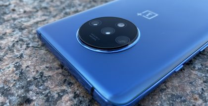 OnePlus 7T:n kolme kameraa tarjoavat nyt monipuoliset kuvausominaisuudet.