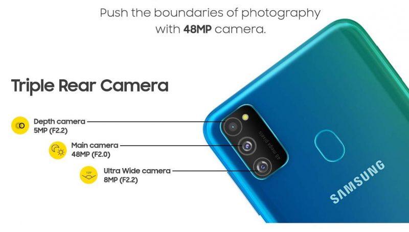 Galaxy M30s:ssä on kolme takakameraa.