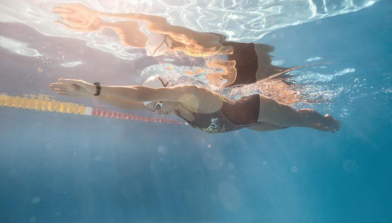 Honor Band 5 on vedenkestävä 50 metrin syvyyteen asti.