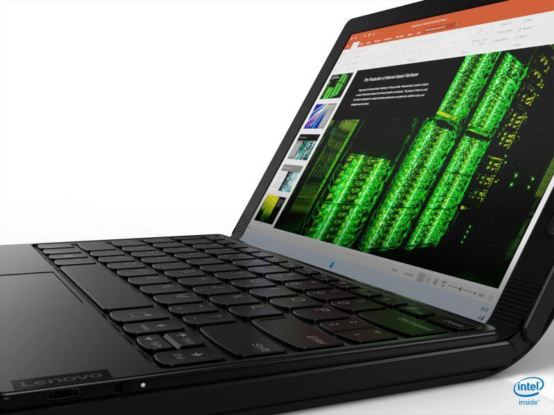 ThinkPad X1 Foldiin voi liittää Bluetoothilla yhdistyvän fyysisen näppäimistön.