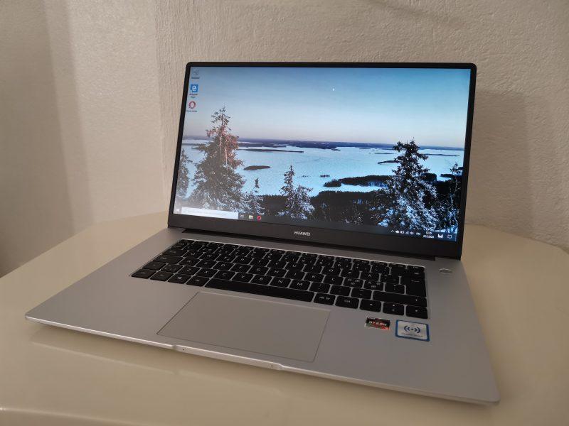 Huawei MateBook D 15 soveltuu hyvin esimerkiksi toimistoaskareisiin.