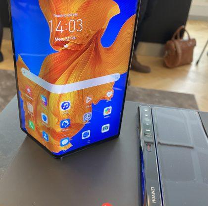 Huawei julkisti päivitetyn taittuvanäyttöisen älypuhelimen Mate Xs:n – 2 499 euron uutuus myyntiin Suomessa huhtikuussa