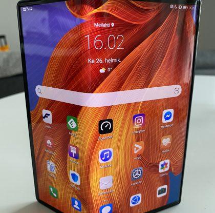 Arvostelussa Huawei Mate Xs: Taittuvanäyttöinen superälypuhelin vaatii rohkeutta – ja paksua lompakkoa