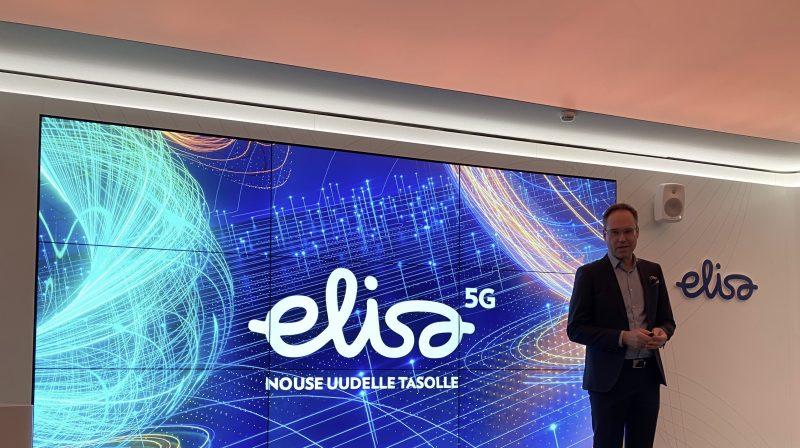 Elisan yritysasiakkaista vastaava johtaja Timo Katajisto avasi tilaisuuden.