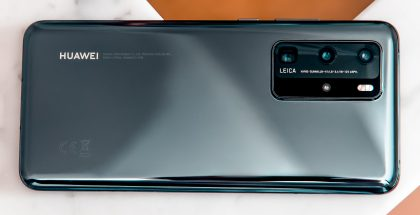 Huawei P40 Prossa on neljä takakameraa: 50 megapikselin Ultra Vision -pääkamera, 40 megapikselin Cine-ultralaaajakulmakamera, 12 megapikselin periskooppirakenteinen telekamera sekä 3D ToF -syvyyskamera.