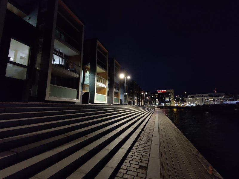 OnePlus 8 Pro, ultralaajakulmakamera.