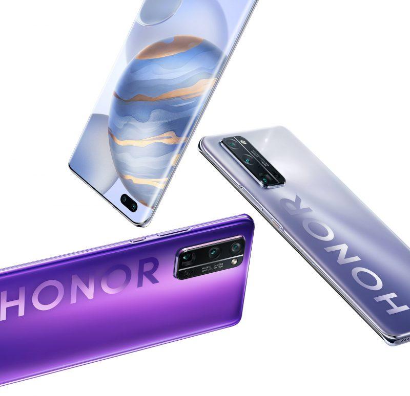 Honor 30 Pro ja Honor 30 Pro+ on varustettu 6,57 tuuman AMOLED-näytöllä. Takana Honor-logo on näkyvästi läsnä osassa värivaihtoehtoja.