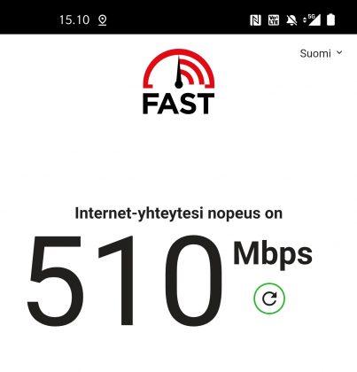 Esimerkki nopeudesta Elisan 5G-verkossa Helsingin Jätkäsaaressa.