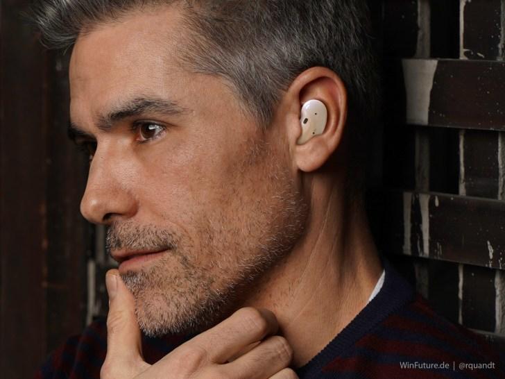 Tältä Samsungin uusi kuulokemalli näyttää korvassa. Kuva: Roland Quandt / WinFuture.de.