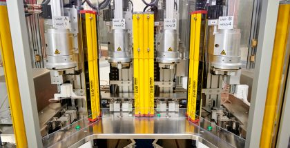 Kuva COPAN Diagnosticsin tehtaalta.