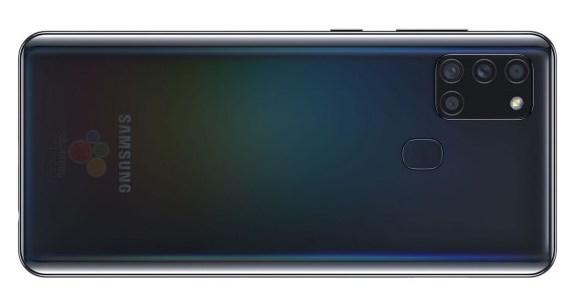 Samsung Galaxy A21s mustana.