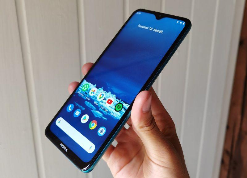 Nokia 5.3:n näyttö on suuri.