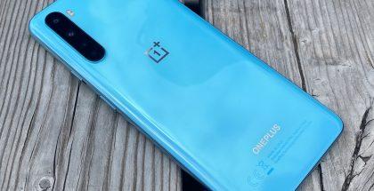 OnePlus Nord, Blue Marble -värissä.