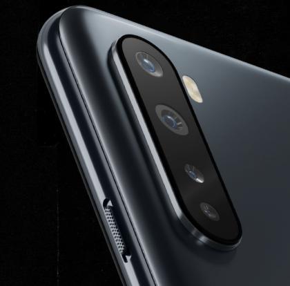OnePlus Nordissa on neljä takakameraa.