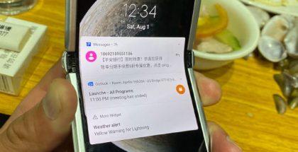 Motorolan uusi razr 5G -älypuhelin vuotokuvassa. Taittuvan näytön pitäisi kasvaa kokoa edeltäjästä.
