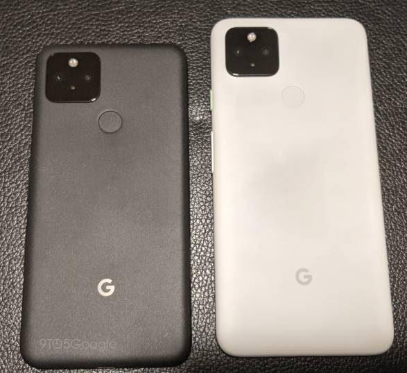 Pixel 5 ja Pixel 4a 5G vuotaneessa kuvassa.