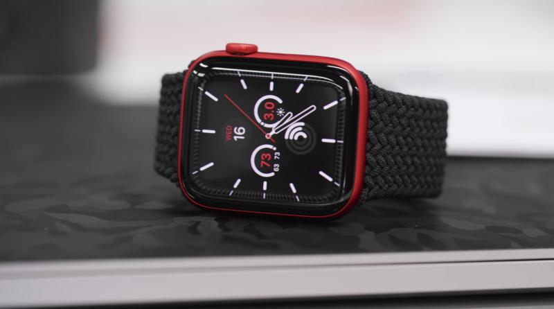 Punainen PRODUCT(RED) on uusi Apple Watch Series 6 -väri.