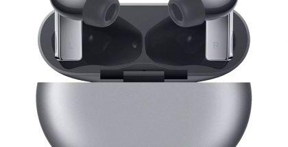 Huawei FreeBuds Pro -kuulokkeet hopeisena. Kuva: WinFuture.de.