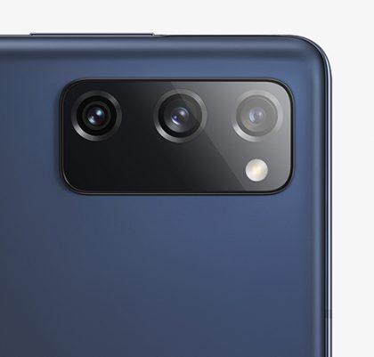 Galaxy S20 FE:n takakamerat.