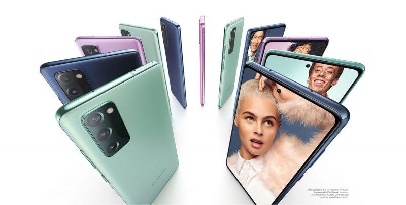 Samsung Galaxy S20 FE:ssä on 6,5 tuuman Super AMOLED -näyttö ja kolme takakameraa.