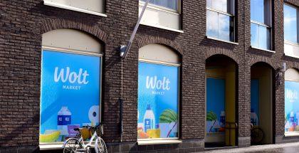 Ensimmäinen Wolt Market Helsingin Jätkäsaaressa.