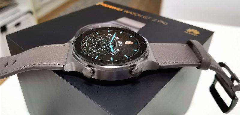 Huawei Watch GT 2 Pro on laadukas ja helppokäyttöinen älykello.GT 2 Prossa on edeltäjämallien tavoin kaksi painiketta.