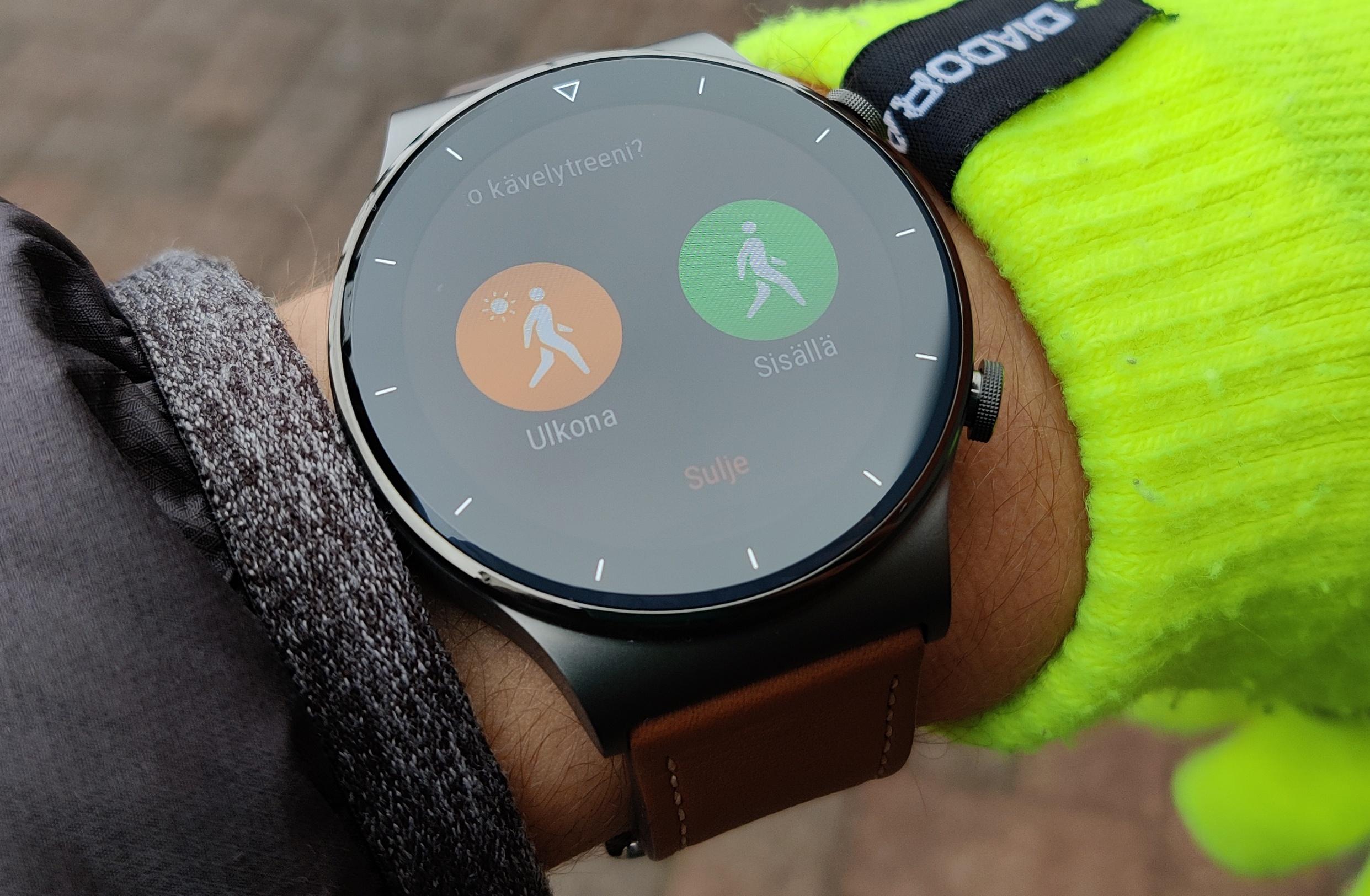Huawei Watch GT 2 Pro tunnistaa automaattisesti useita harjoituksia, kuten kävelyn.