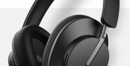 FreeBuds Studio -kuulokkeet mustassa värissä.