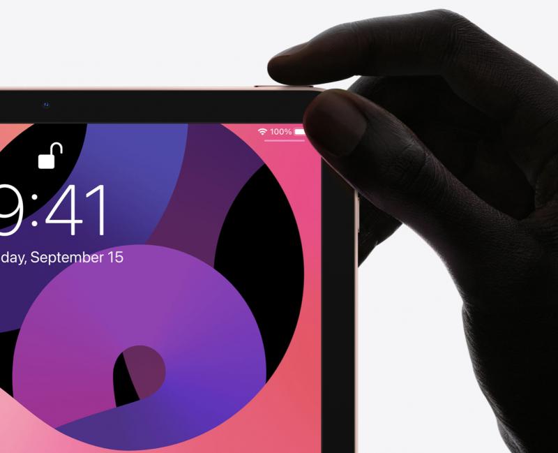 Touch ID -sormenjälkilukija on sijoitettu virtapainikkeeseen.