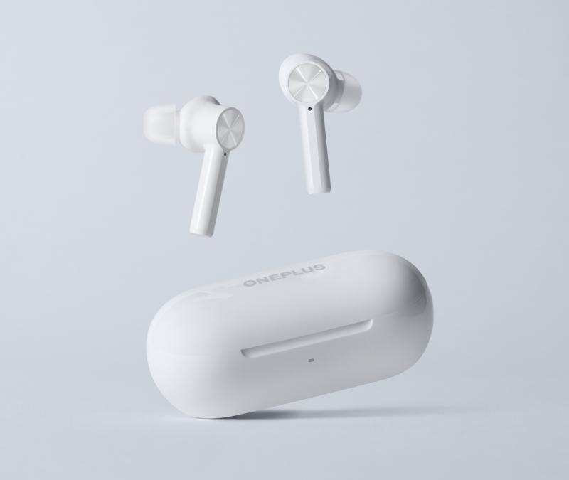 OnePlus Buds Z -kuulokkeet on varustettu korvakäytävän sulkevilla silikonikumitulpilla.