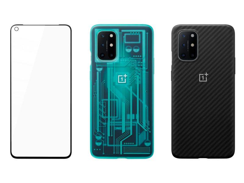 OnePlus 8T:n suojalasi sekä Quantum- ja Karbon-suojakuoret.
