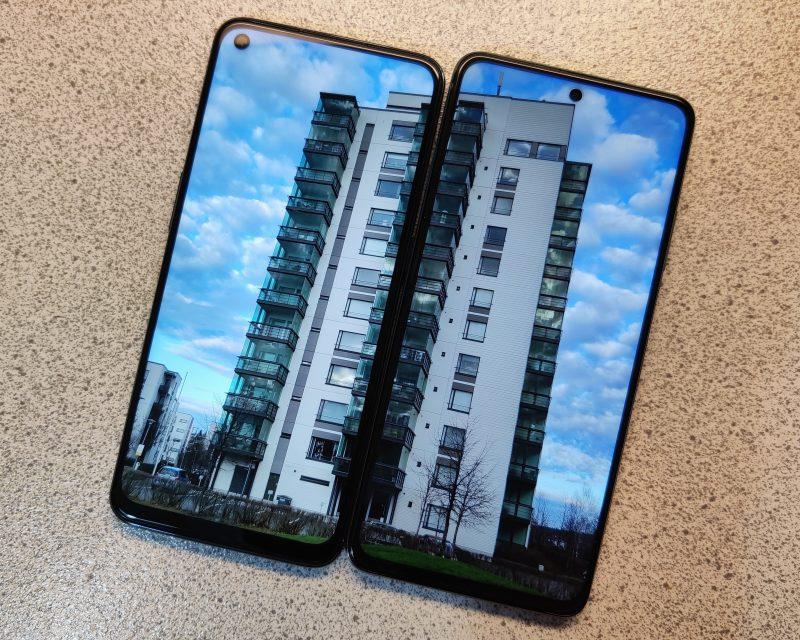 Kummassakin uutuudessa on kookas IPs LCD -näyttö.