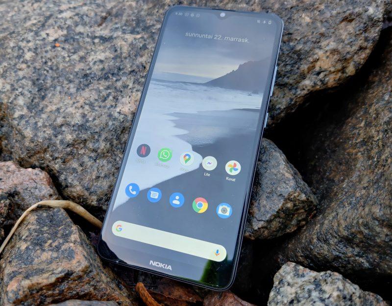 Nokia 2.4:n näyttö on kookas, 6,5-tuumainen.