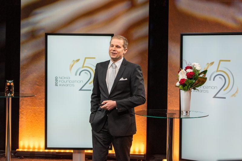 Nokia Säätiön tunnustuspalkinnon saanut Mikko Möttönen.