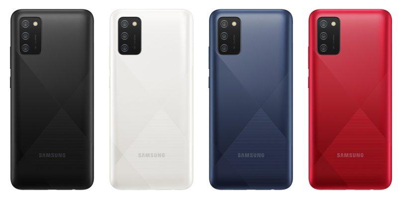 Galaxy A02s:n värivaihtoehdot.
