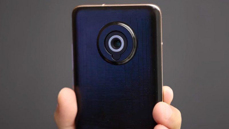 Xiaomi esitteli kameraa älypuhelimen prototyypissä.